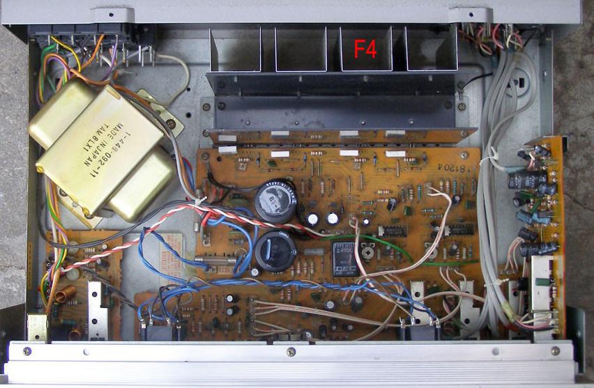 TA-F4_inside