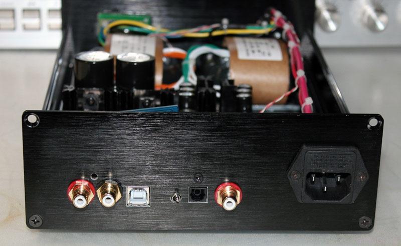 ЦАП es9018 задняя панель